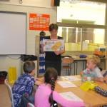 На уроке обучения грамоте в подготовительной группе