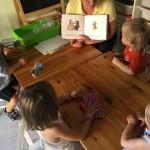 В мире книг ( развивающее занятие в младшей группе для детей 3-4 лет)